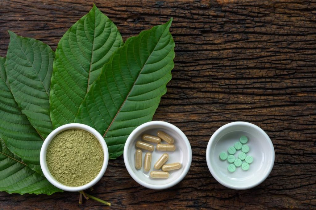 What The Hell Is Kratom? Benefits, Dangers, And A Personal Account