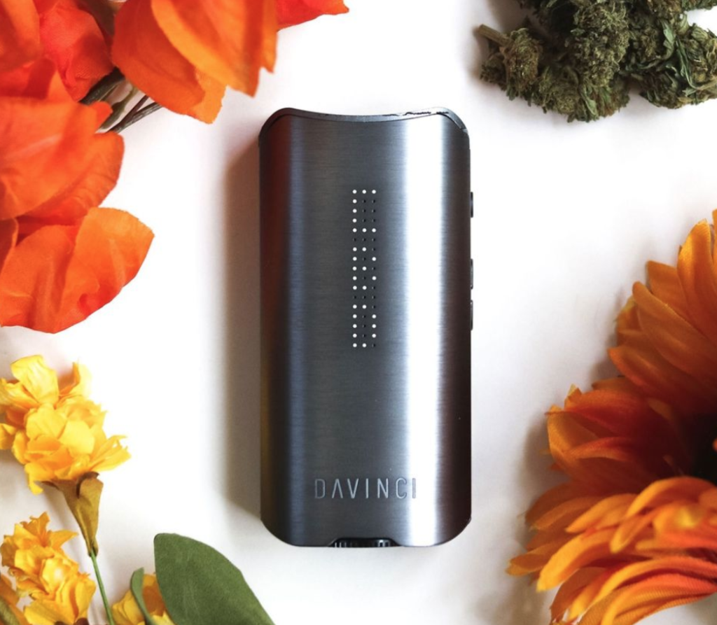 Best Weed Vape With Removable 18650 Batteries: My #1 Picks For 2021
